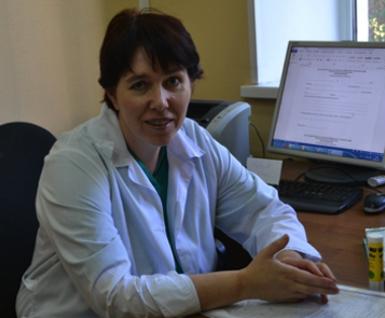 Заведующая операционным блоком – к.м.н. Елена Вадимовна Красникова.